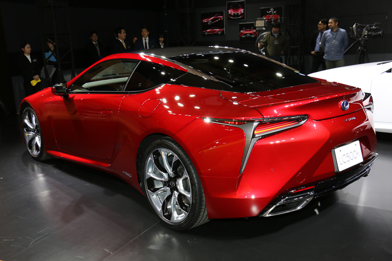 "LC500h""S package"""