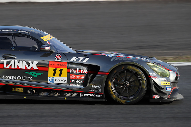 GAINER TANAX AMG GT3(11号車)