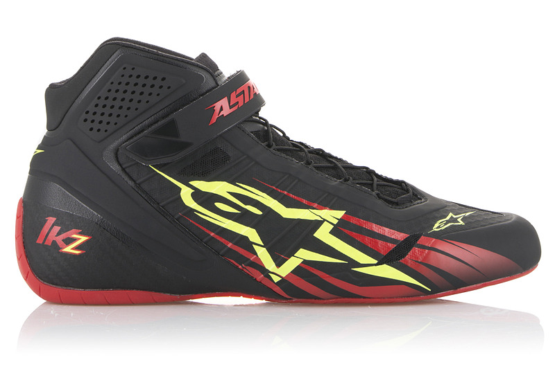 136 BLACK RED YELLOW FLUO(税別2万9800円)