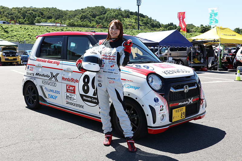 Moduloスマイルとして活躍する安藤麻貴さんが、参加型ワンメイクレース「N-ONE OWNER'S CUP」に初参戦!
