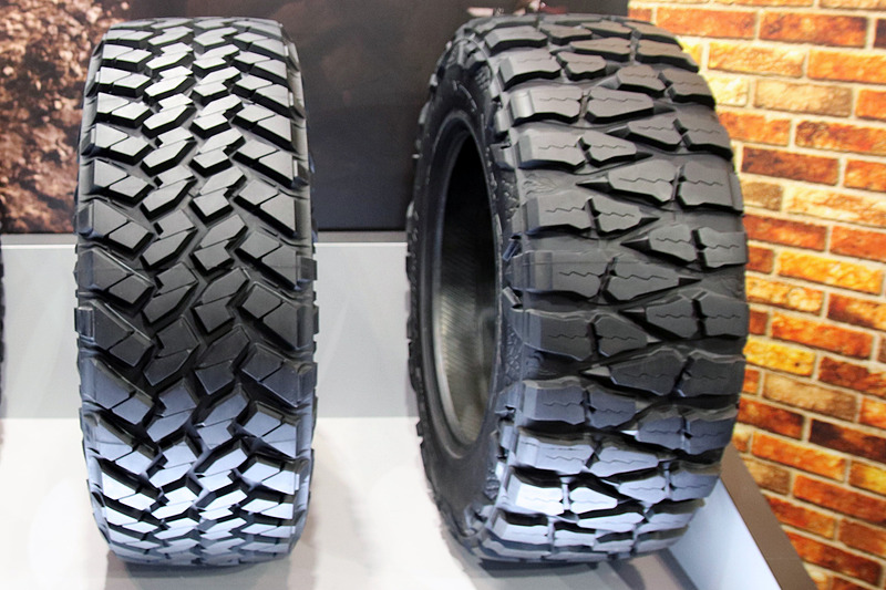 左から「TRAIL GRAPPLER M/T」「MUD GRAPPLER」