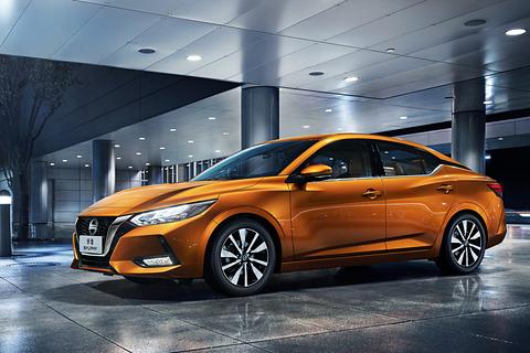 日産、新型「シルフィ」を世界初公開。上海モーターショー 2019で - Car Watch
