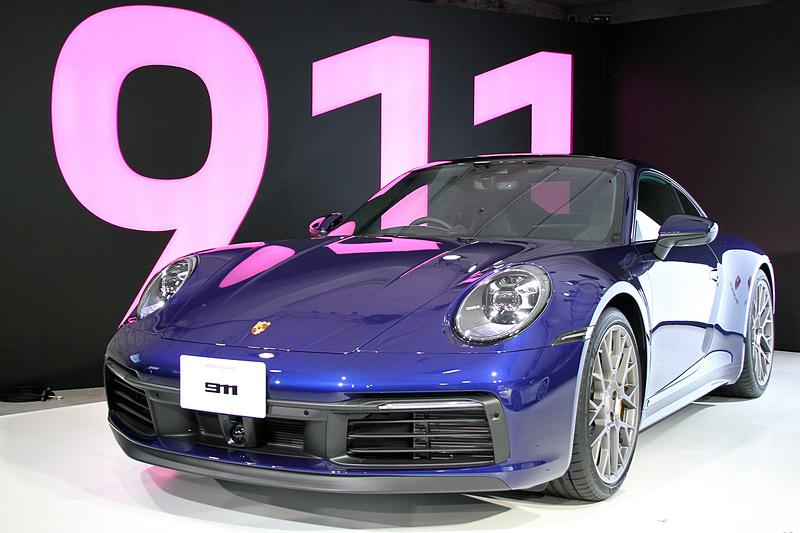 【自動車】ポルシェ、新型「911」日本初公開。8世代目は全モデルにワイドボディ採用