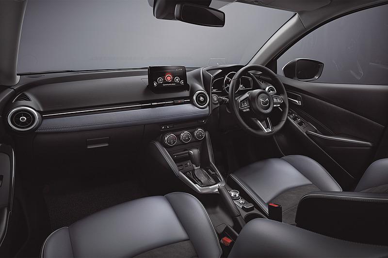 Mazda 2 Facelift (2019) 8