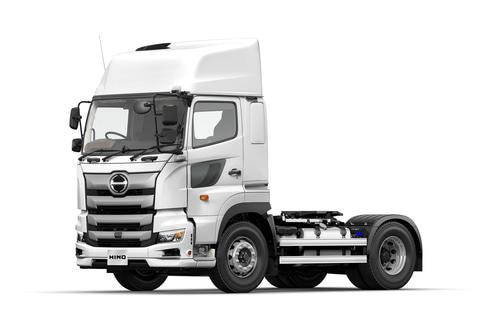 日野、大型トラック「プロフィア」トラクターシリーズの安全装備を拡充 ...