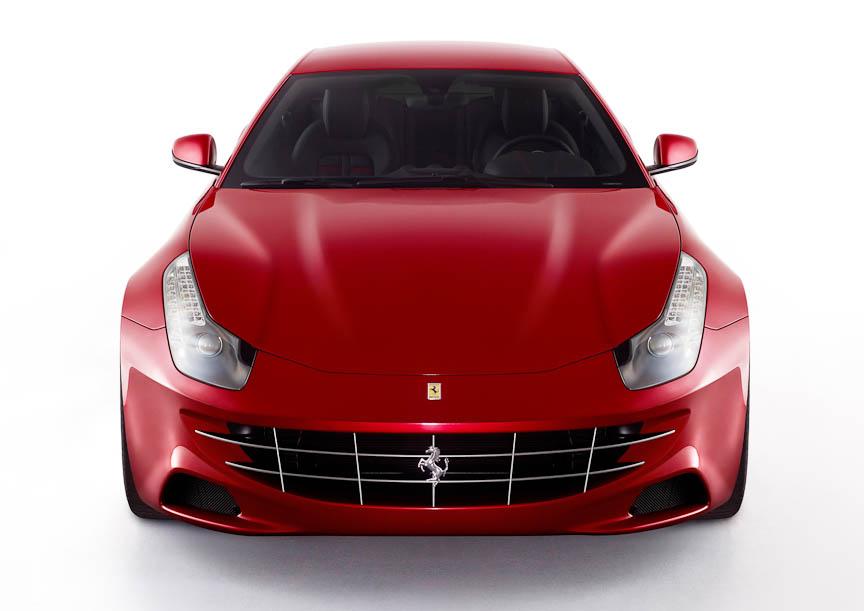 フェラーリ4輪駆動モデル「FF」