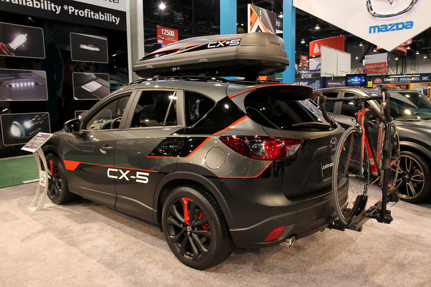 2012semaショーホンダはアコードマツダはcx 5のカスタマイズを提案
