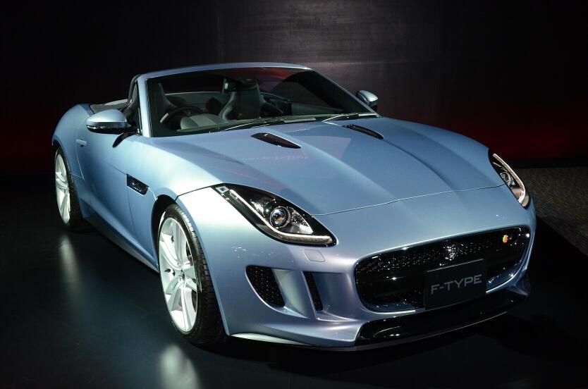 Tokyo Car Parade  Jaguar F Type Goes On Sale In Japan