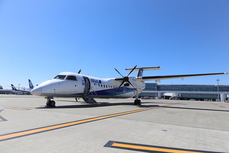 ボンバルディア DHC8-Q300。ANAで最も小さな旅客機だった  前の画像次の画像ANA、同