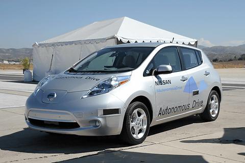 自動運転技術「NISSAN AUTONOMOUS DRIVE」を搭載し... 日産、NASA(ア
