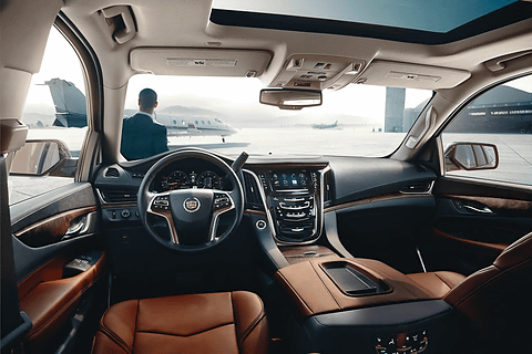 Gm、新エンジン搭載の新型「キャデラック エスカレード」 Car Watch