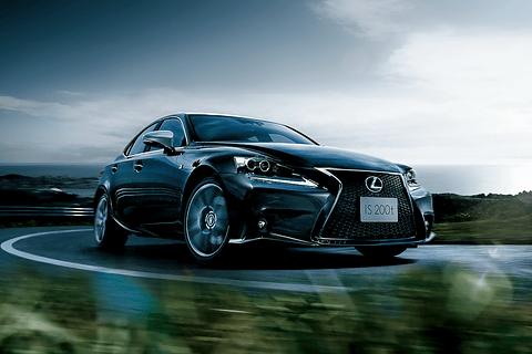 IS200t特別仕様車\u201cF SPORT Mode Plus\u201d(ブラック)