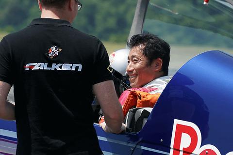 PC Watch室屋義秀選手、「レッドブル・エアレース千葉2016」に向け地元福島でトレーニング