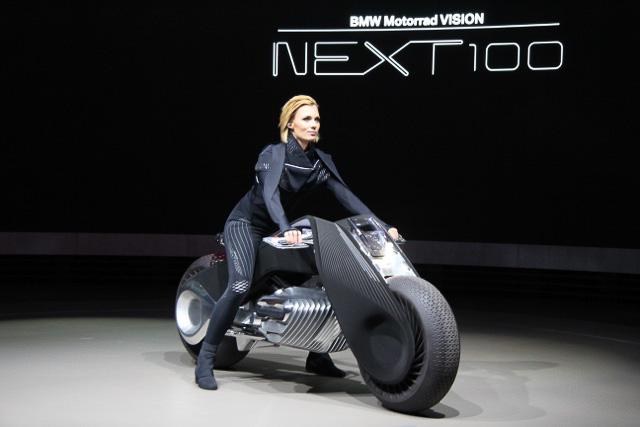 bmw 100 bmw motorrad vision next100 concept car watch. Black Bedroom Furniture Sets. Home Design Ideas