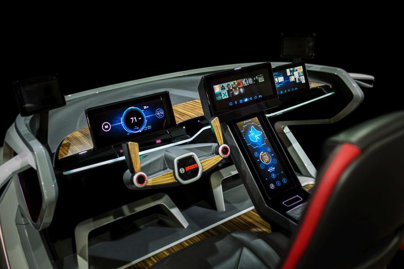 【ces 2017】ボッシュ、「ces 2017」でハプテックインターフェース装備のフューチャーコクピット搭載車展示