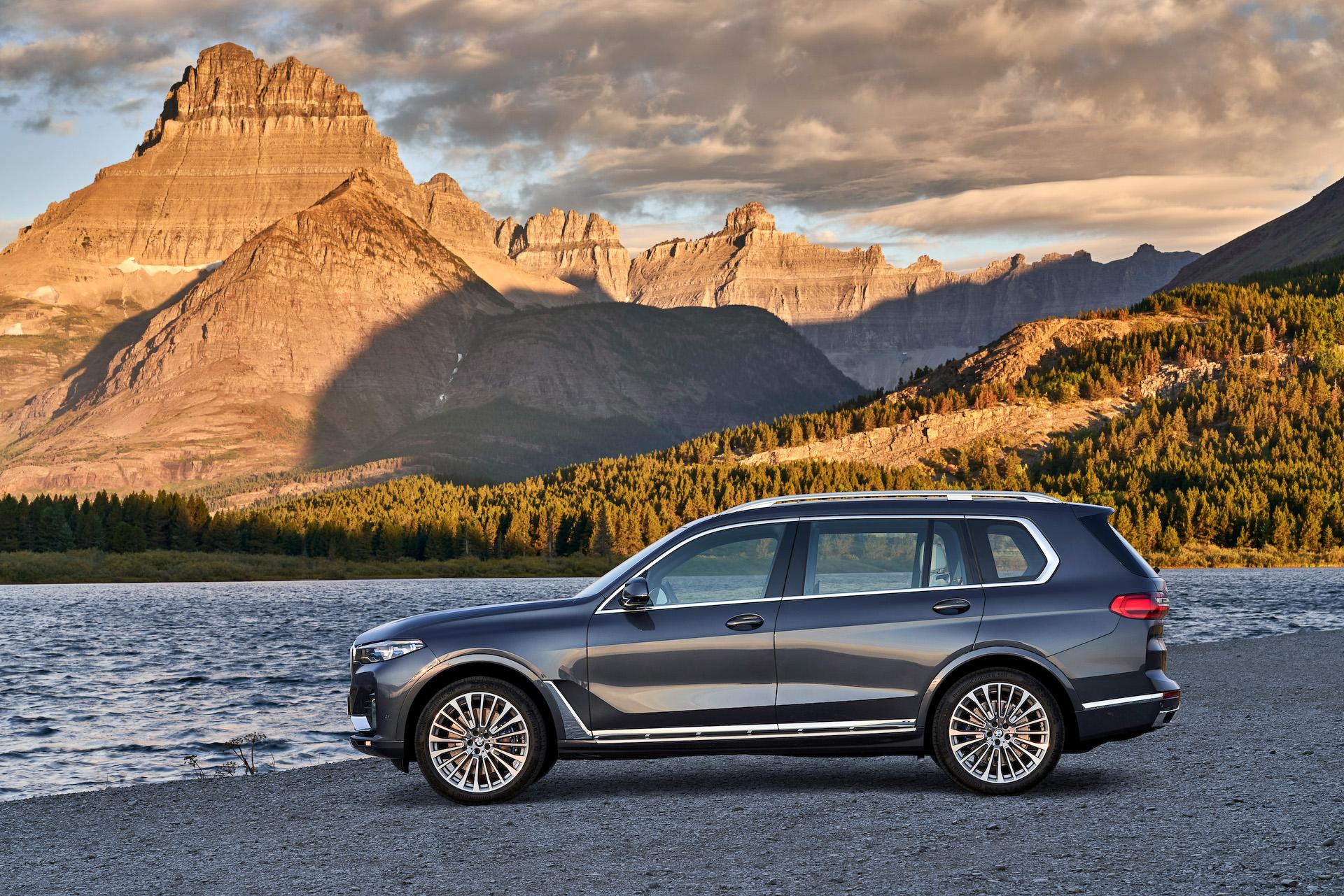 BMW、3列シート仕様の新型SAV「X7」公開