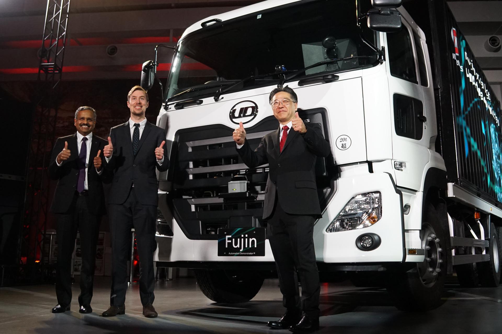 UDトラックス、大型トラックのレベル4自動運転デモ初公開。2020年までに実用化を目指す