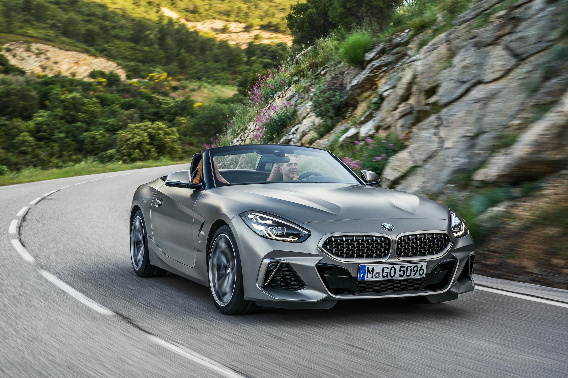 Bmw、マットグレーに仕上げた新型「z4」の30台限定車「m40i フローズン・グレー」 Car Watch